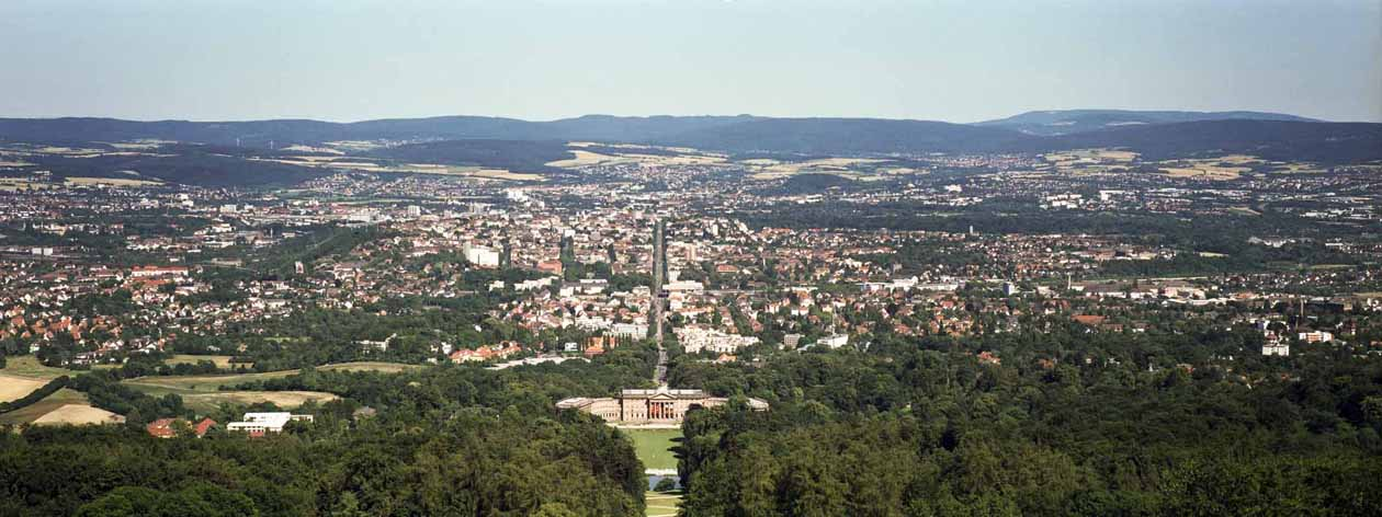 Hier ist der Ausblick vom Herkules ueber Kassel zu sehen. Foto: Heiko Meyer
